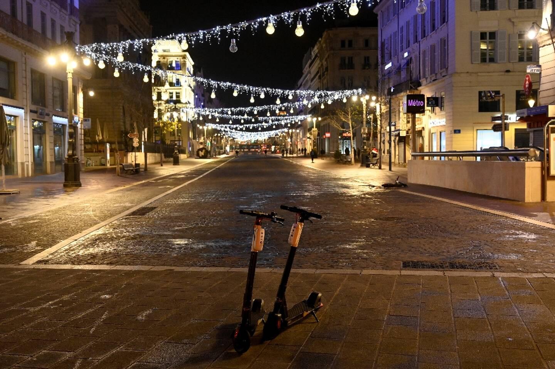 La Canebière déserte à Marseille, le 10 janvier 2021