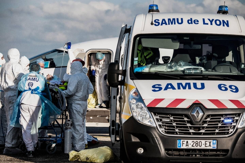 Transfert d'un patient atteint du Covid de Lyon vers Paris le 9 février 2021