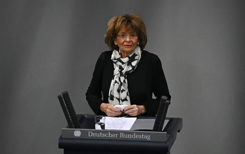 La vice-présidente du Congrès juif européen et du Congrès juif mondial, Charlotte Knobloch, s'exprime lors d'une cérémonie marquant le 76e anniversaire de la libération du camp d'Auschwitz de l'Allemagne nazie le 27 janvier 2021, au Bundestag (chambre basse du Parlement) à Berlin.