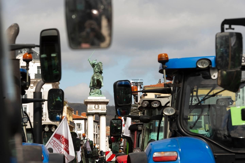 Manifestation d'éleveurs à Clermont-Ferrand, le 25 mars 2021