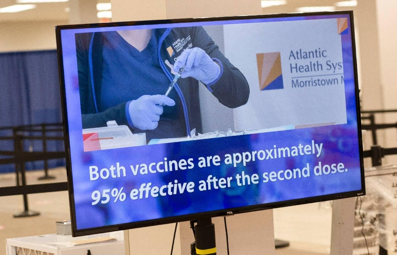 Ecran d'information sur les vaccins à Rockaway dans le New Jersey (USA)