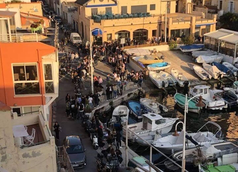 Deux rassemblements festifs en pleine rue étaient organisés jeudi soir à Marseille.