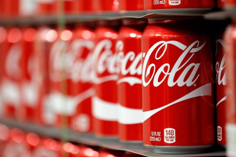 Après les sodas, Coca-Cola se lance sur le marché de l'eau gazeuse alcoolisée.