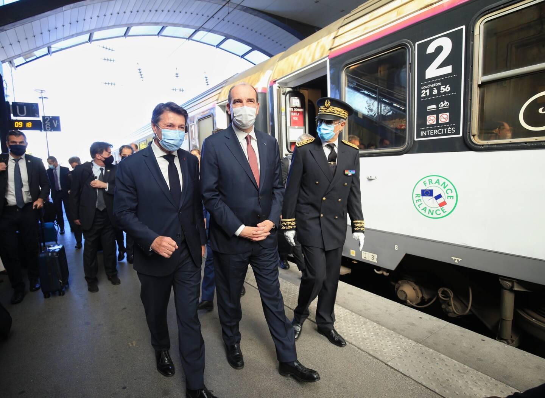 Jean Castex accompagné du maire de Nice, Christian Estrosi et du préfet des Alpes-Maritimes, Bernard Gonzalez.