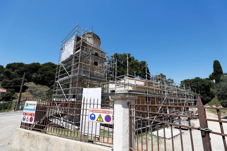 """Depuis juin 2019, la chapelle Saint-Jean appartenant à la famille """"aux cent cousins"""" est en rénovation."""