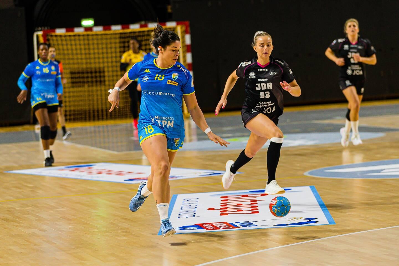Chloé Bulleux, capitaine de Toulon St Cyr contre Dijon.