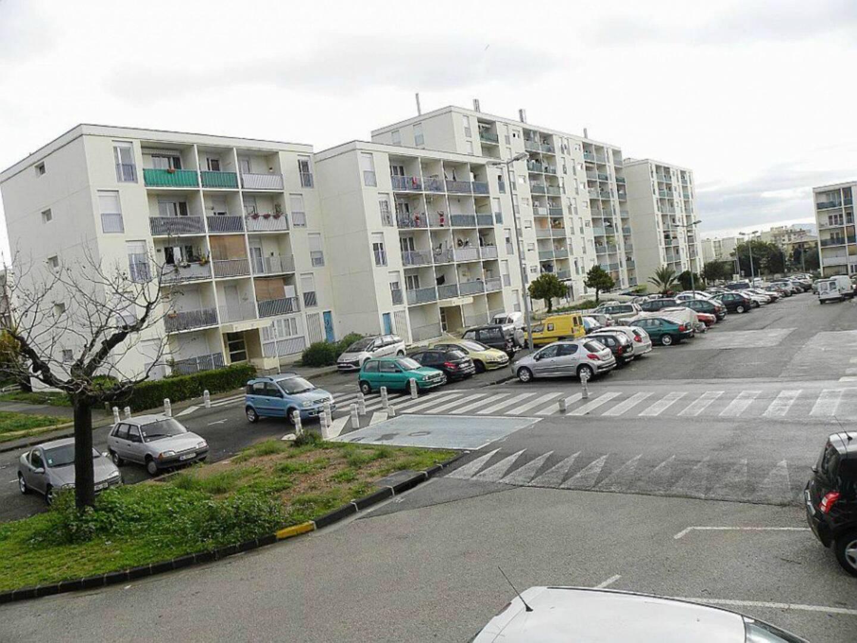 Le prévenu, désormais domicilié dans le quartier du Pont-du-Las, a grandi dans la cité de La Florane à Toulon.