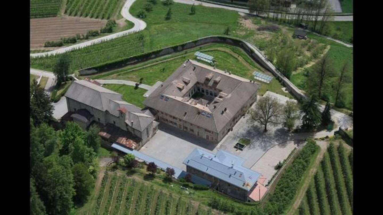 Le couvent de Terzolas accueille des personnes âgées, une école de musique et un restaurant.