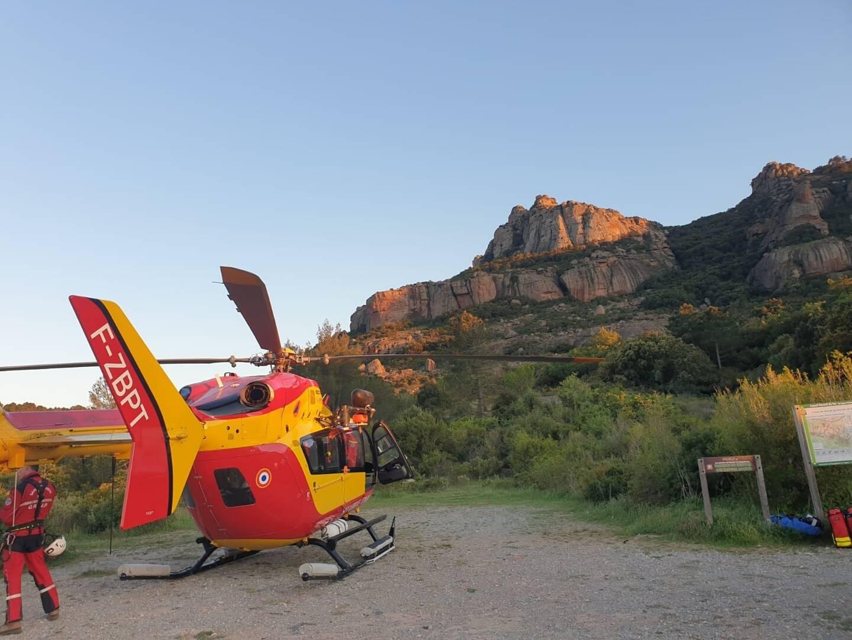 Un hélicoptère de la Sécurité Civile de Marignane, un deuxième, le Dragon 131, ainsi qu'une équipe Grimp ont été requis.