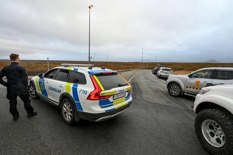 Huit siècles que la lave n'a pas coulé dans ce secteur: les autorités islandaises se préparaient mercredi à une possible petite éruption à une trentaine de kilomètres de Reykjavik, sans toutefois craindre de conséquences majeures.