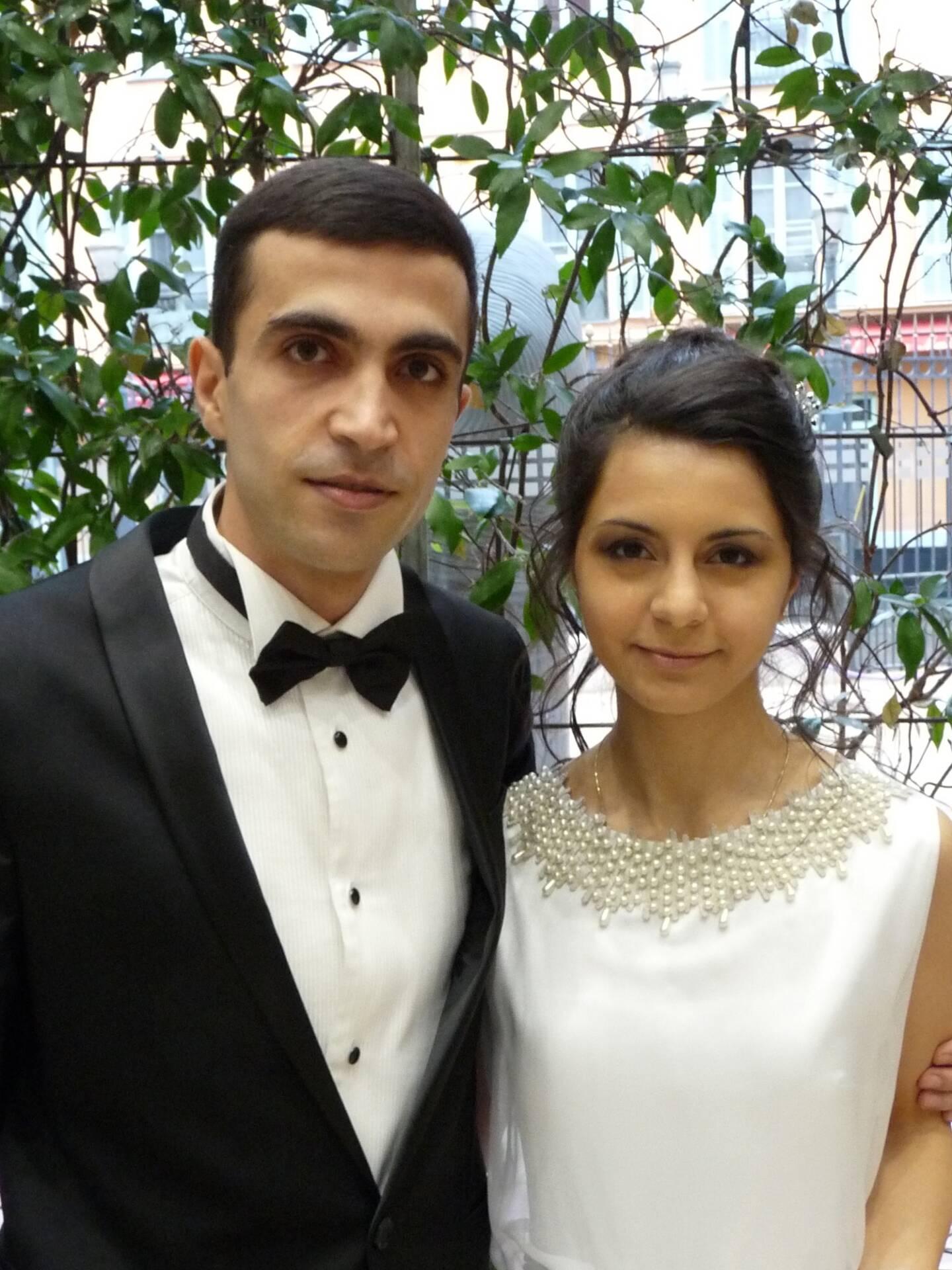 Aroutun Aroutunian, réceptionniste, et Tatevik Hakkobjanyan, étudiante.