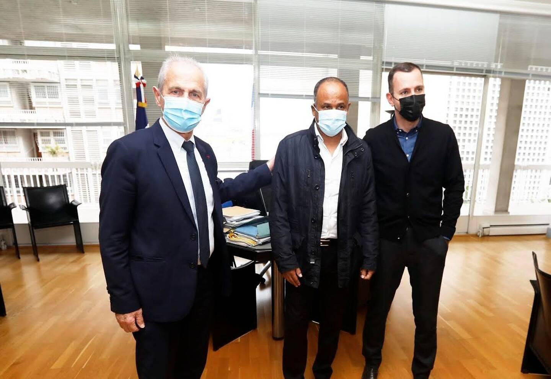 Jean Tigana a été reçu en mairie de Toulon ce mercredi matin.