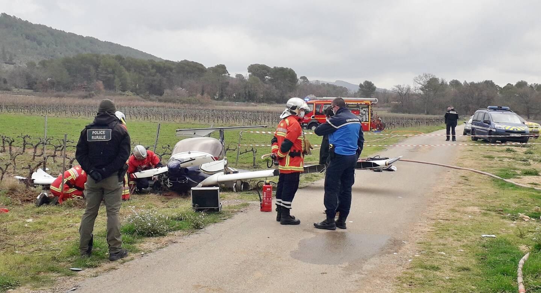 Sur place, la police rurale, la gendarmerie nationale et les sapeurs-pompiers attendaient la venue de la gendarmerie des transports aériens pour les constatations.