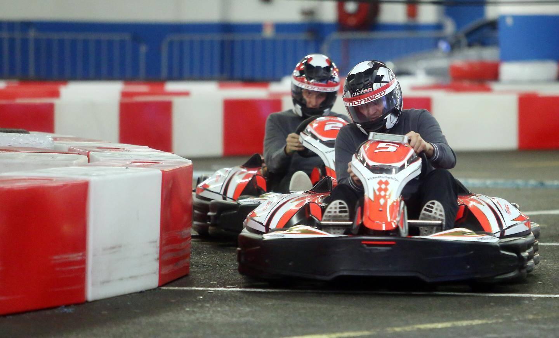 Il est possible de pratiquer le karting en intérieur jusqu'à ce dimanche soir.