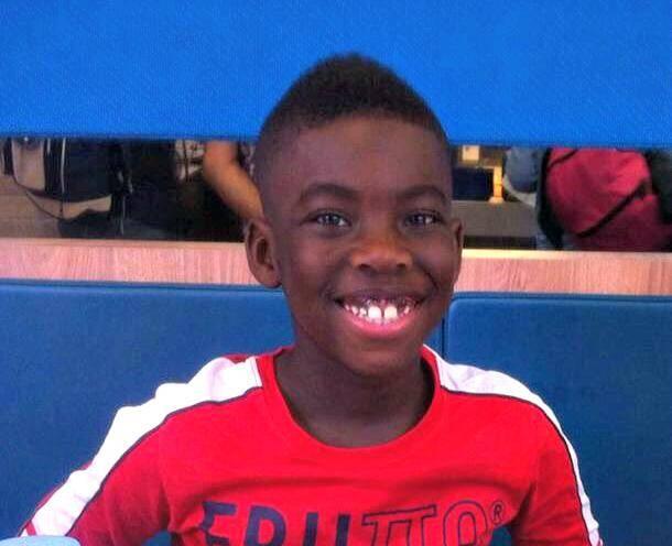 """Ses """"dents du bonheur"""" (incisives écartées) permettent de reconnaître Ethan facilement."""