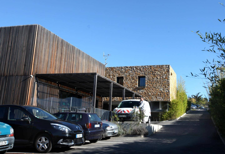 L'architecte du Mas des p'tits loups, route des Serres, a été récompensé par les trophées du bois.