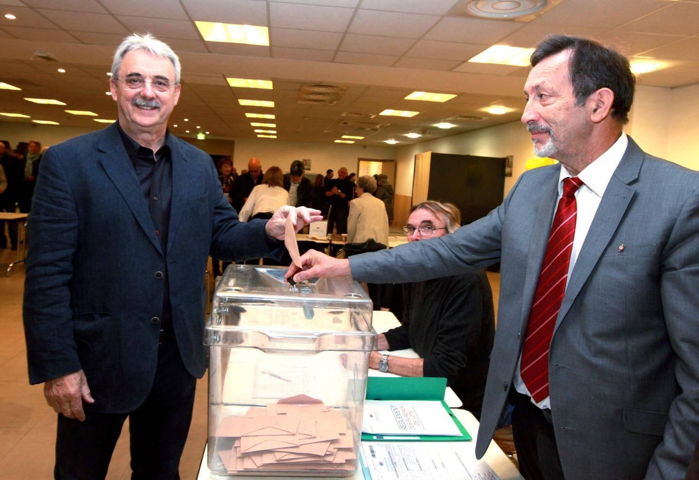 Lousi Négre a voté, salle espace centre à Cagnes