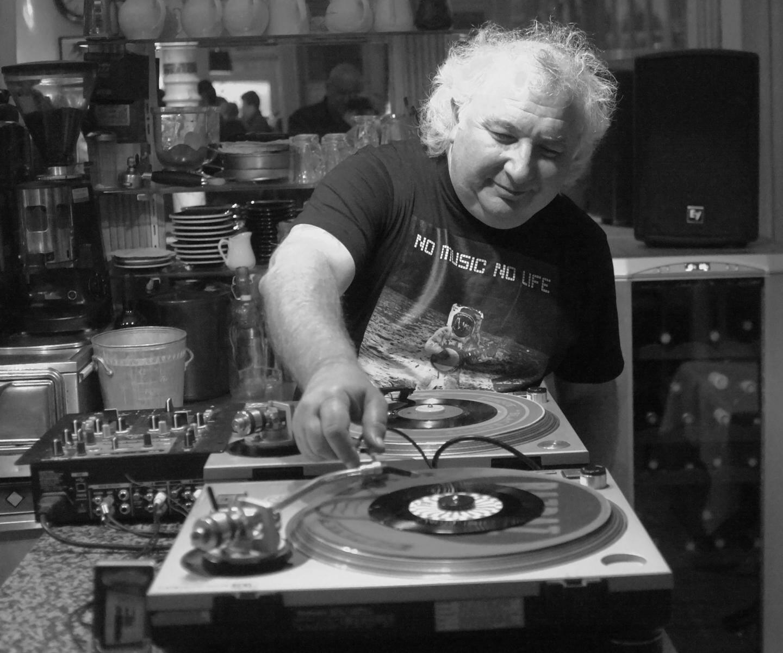Thierry Arnaud : « Il est sorti plein de choses en CD qui ne sortiront jamais en vinyle. »