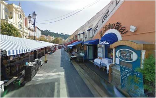 Un local de 34m2 à 400.000€ sur le Cours Saleya.