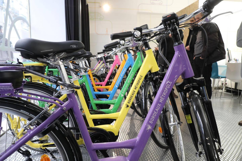 A Bordeaux, des vélos à assistance électrique en prêt.