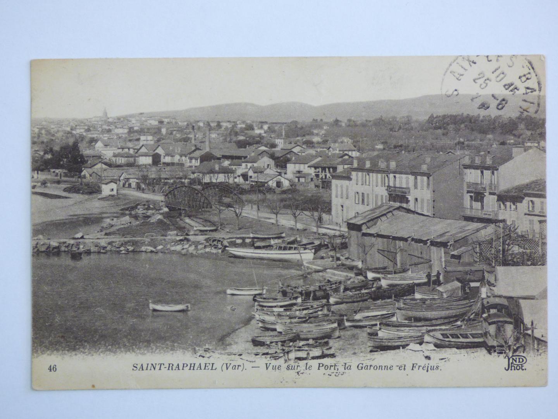 Le port de Saint-Raphaël au début du XXe  siècle.
