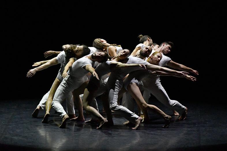 Le ballet Gravité, création d' Angelin Preljocaj,