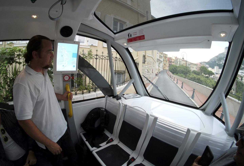 La première navette électrique autonome a été mise en service à Monaco-Ville.