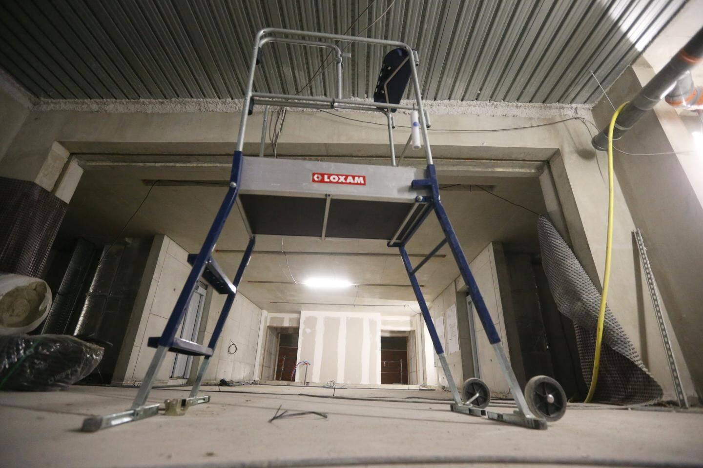 Une petite salle de projection est prévue.