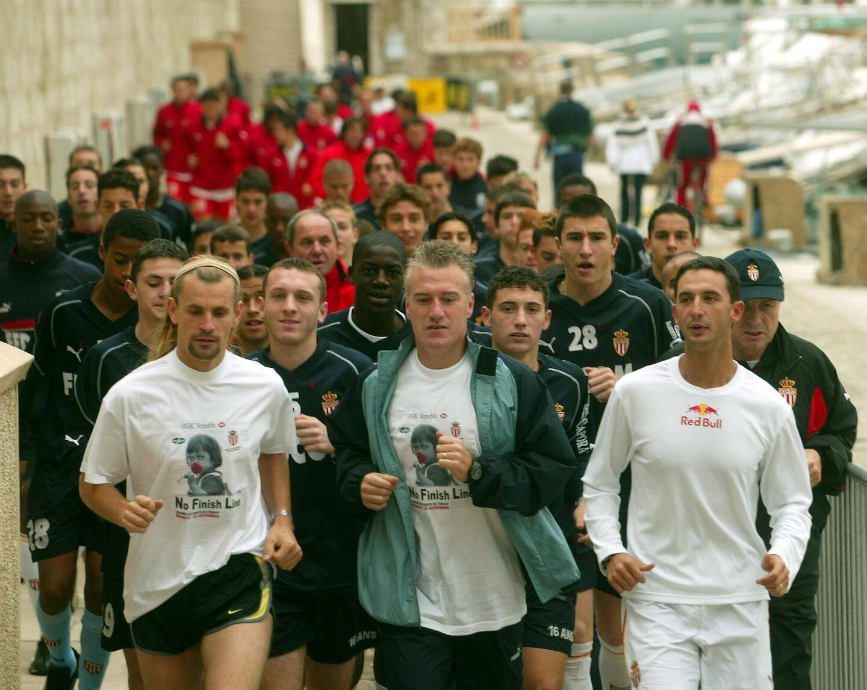 En 1999, l'équipe de la JCEM lance la première No Finish Line, avec la complicité du prince héréditaire Albert et Fabien Barthez, à l'époque gardien de but de l'AS Monaco.(DR)