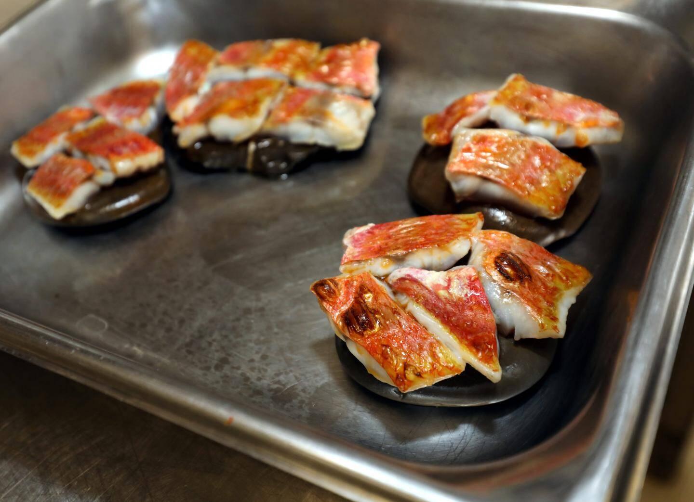 Galet et chalumeau : une cuisson moins énergivore.