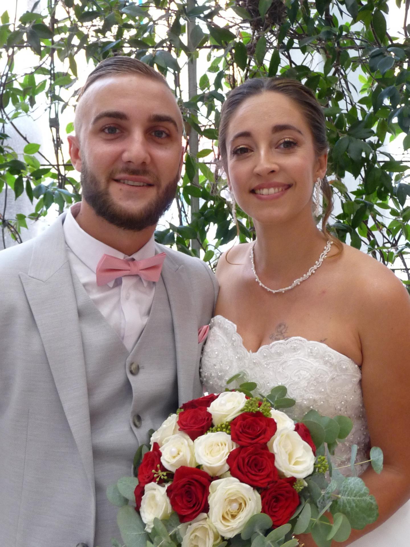 Lucas Labourdette Ladeveze, cuisinier, et Emmanuelle Camo, aide-soignante.