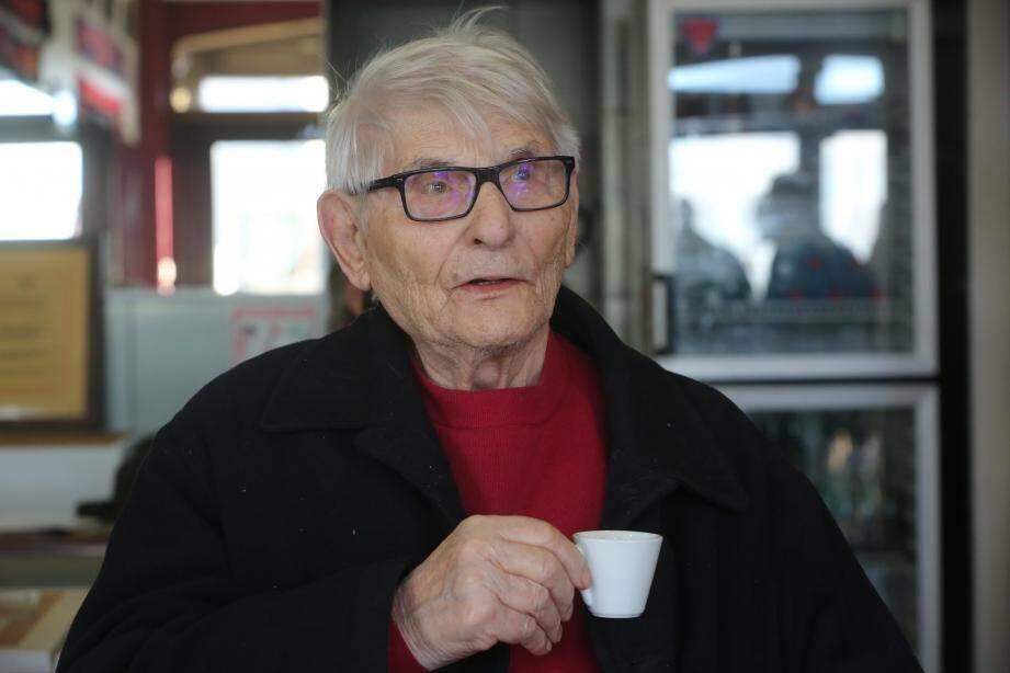 Constant, 89 ans.