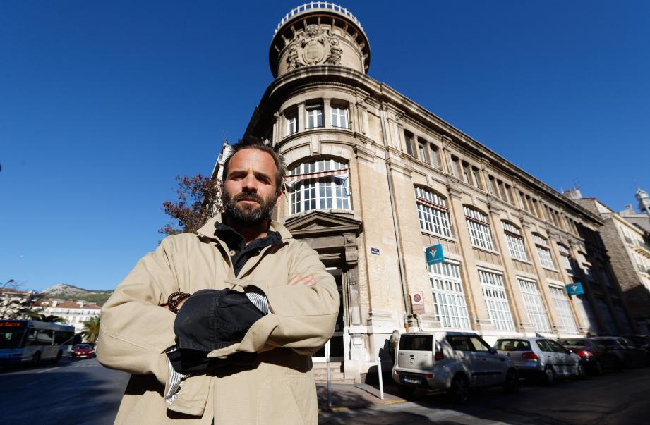 François Veillon, gérant de l'entreprise familiale Le Vitaliseur de Marion du nom de sa               créatrice Marion Kaplan est devenu propriétaire de la majeure partie du bâtiment.