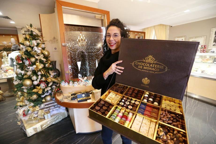 A la Chocolaterie de Monaco, la période de Noël est sûrement la plus faste et les coffrets s'écroulent comme des petits mains.