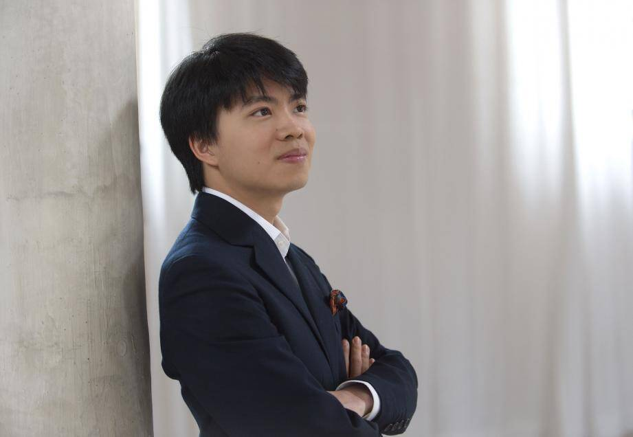 Renaud Capuçon se produira le 5 août sur le parvis aux côtés du jeune pianiste Kit Armstrong.