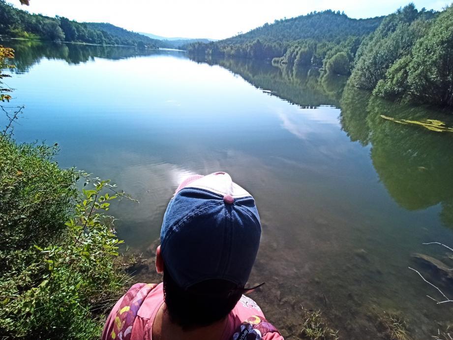 Randonnée autour du Lac de Saint-Cassien.