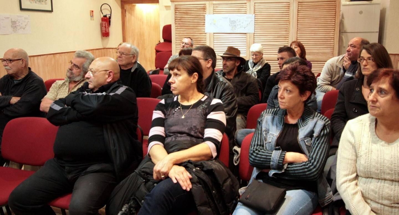 Les élus ont présenté un projet d'aménagement global du cœur du village en réunion publique.