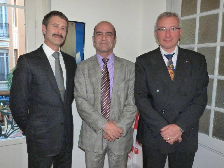 De gauche à droite : Eric Bessone trésorier, Jean-Luc Cloupet président et Philippe Lemonnier secrétaire général de la F2SM.