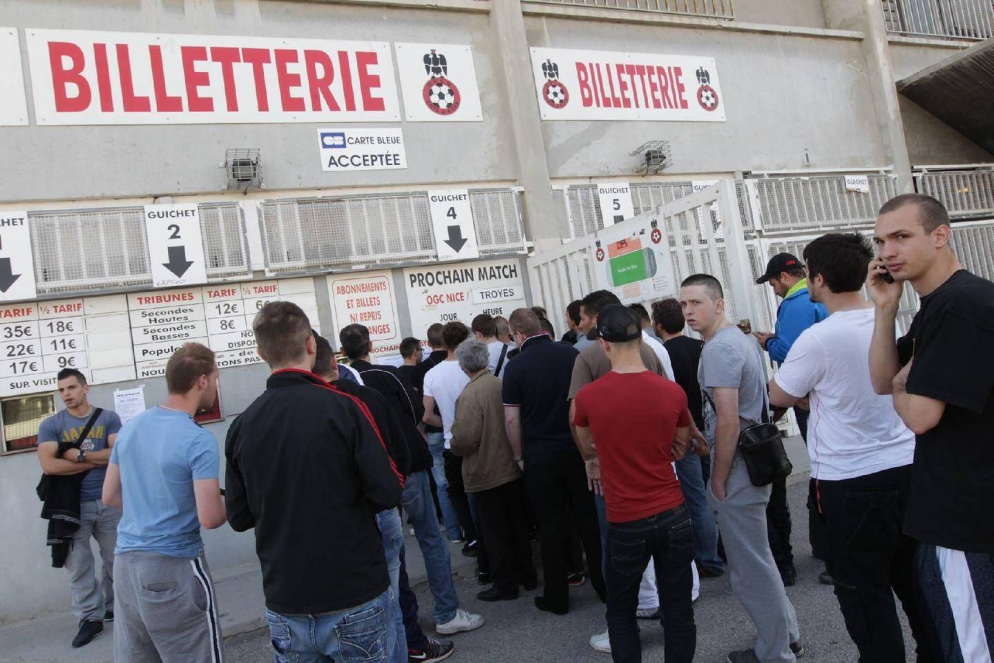 Hier matin, à la billetterie du ray, les 160 dernières places en parcage visiteur à Annecy, se sont vendues en une demi-heure !