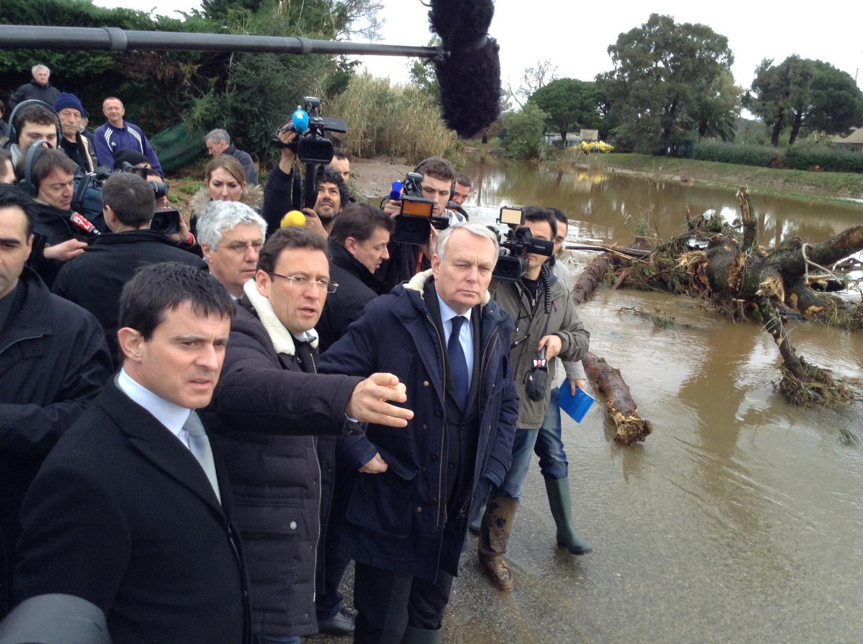 Jean-Marc Ayrault et Manuel Valls ce lundi matin à La Londe.