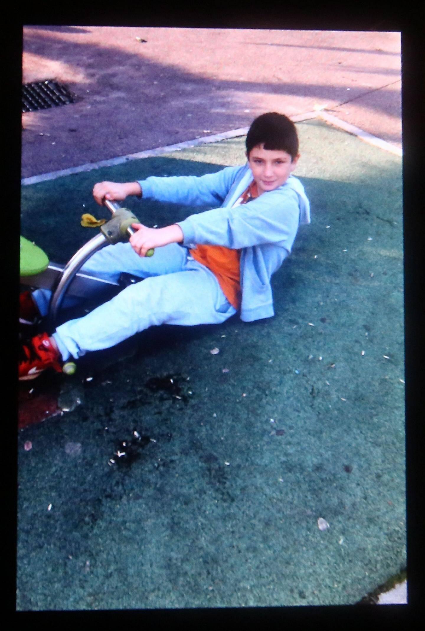 Magomed-Khan Gadjiev, disparu à l'âge de 11 ans, était à certains égards déjà adulte, malgré son regard d'enfant.(DR)