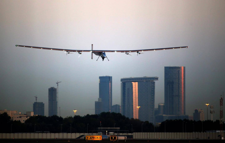 Solar Impulse partira d'Abu Dhabi
