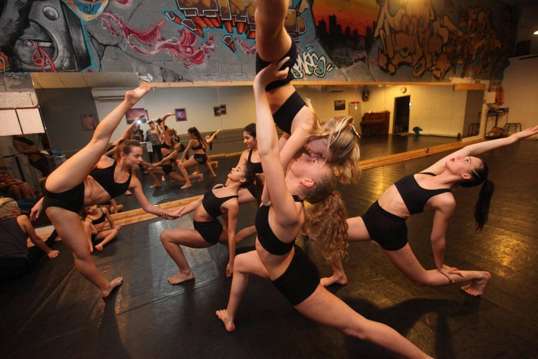 Les danseuses ont repris le travail dans leur studio brignolais