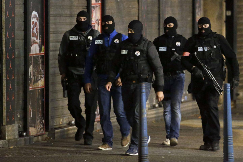 policiers assaut Saint-Denis