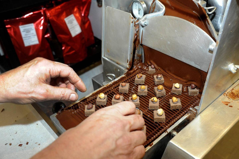 La préparation des chocolats.