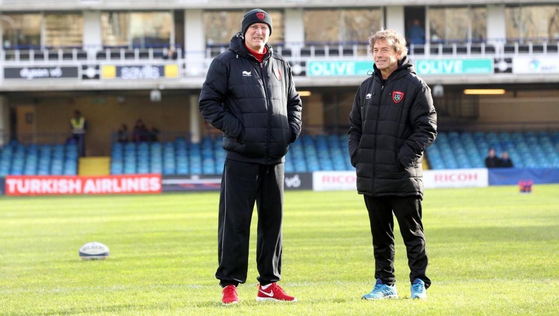 Bernard Laporte et Diego Dominguez, sur la pelouse du Recreation Ground de Bath.