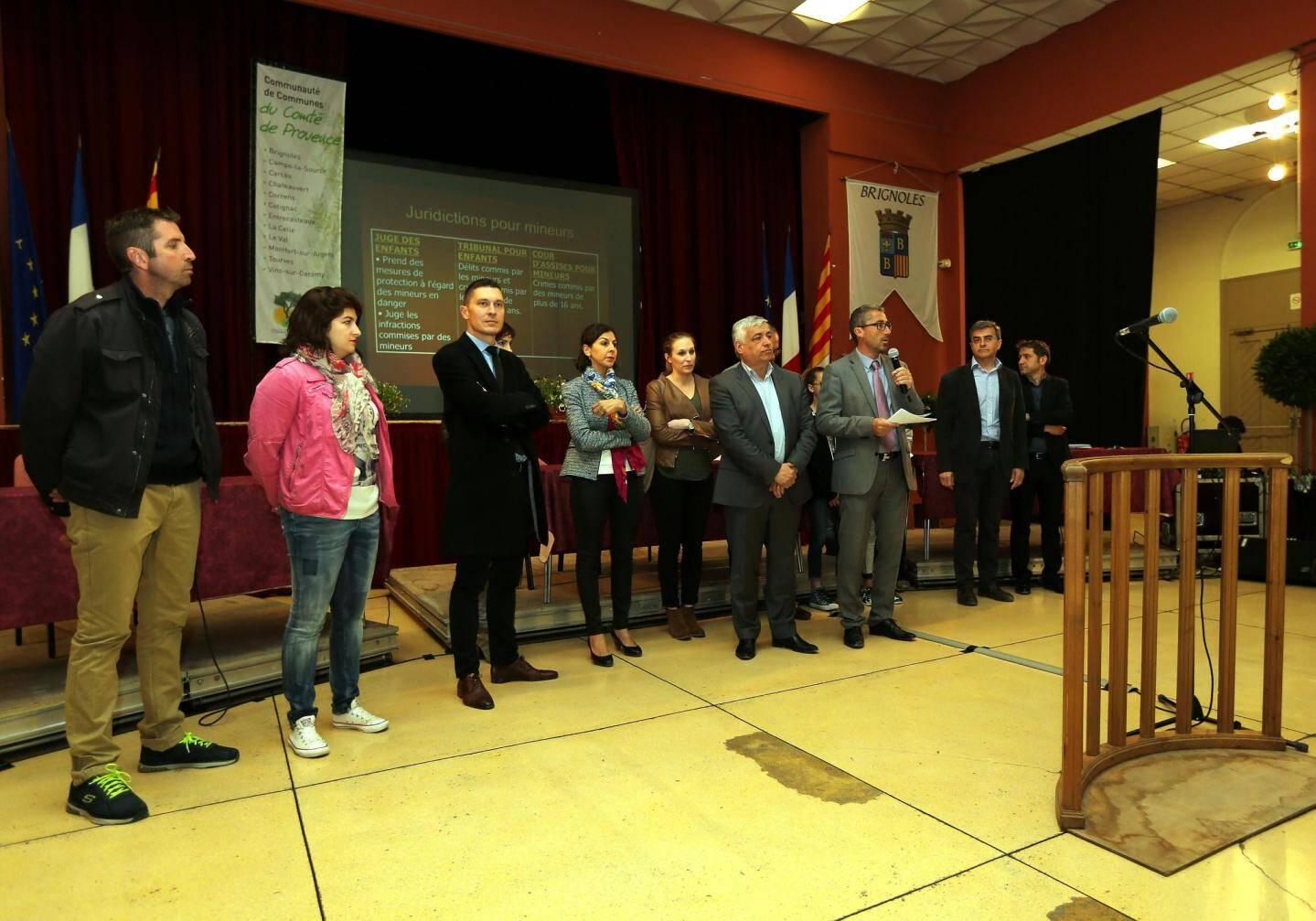 Les professionnels de la justice ont été présentés par Jean-Michel Constans, vice-président de la communauté de communes délégué au Pad (au micro).