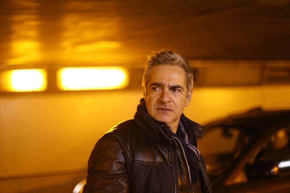 Le rôle du policier Caz Giacalone est joué par Richard Zanca, cocréateur de la série web Les Loups.