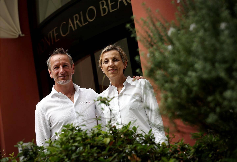 Le chef Paolo Sari et la directrice générale du Monte-Carlo Beach, Danièle Garcelon, unis dans la défense des produits biologiques.