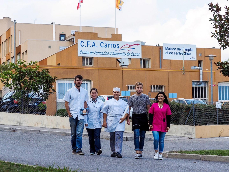 Boulanger, coiffeur, ébéniste, etc. sortent du CFAde Carros.